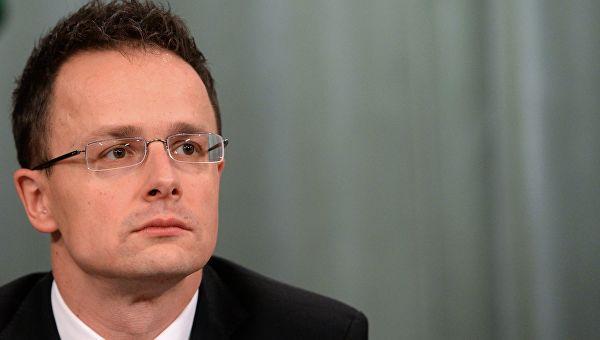 Мађарска: Западноевропске земље се према Русији понашају лицемерно
