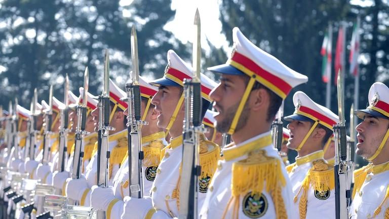 """РТ: """"Непријатељ не може од нас да тражи да напустимо регион"""" - Иран позвао САД да повуку своје снаге из региона"""