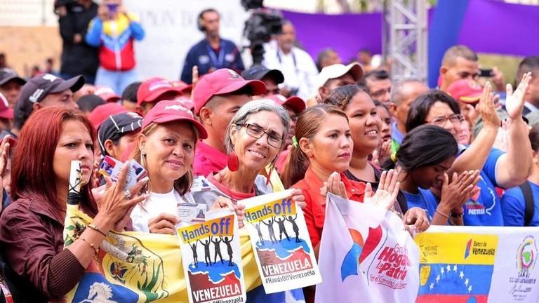 """РТ: """"Желе да нас поробе!"""": Мадуро осудио Трампов ултиматум и """"нацистичку реторику"""" Беле уће"""