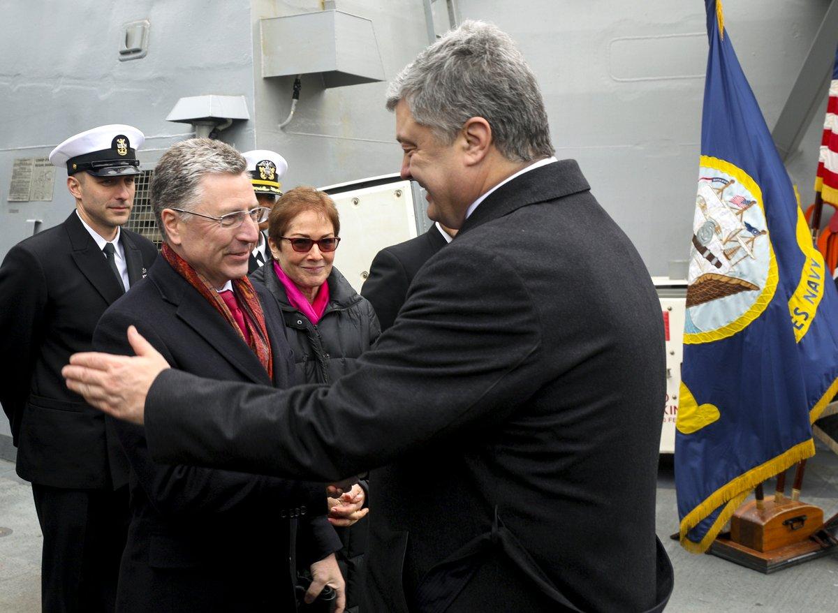 Порошенко: Посета америчког разарача Одеси важан сигнал Кремљу