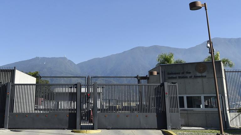 РТ: САД повлаче све преостале дипломатске раднике из Венецуеле
