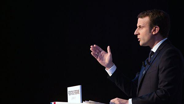 Макрон: ЕУ не може дуго да буде талац решавања политичке кризе у Великој Британији