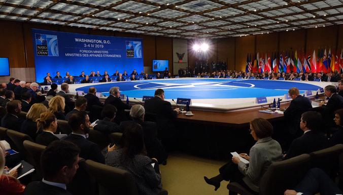 НАТО: Украјина и Грузија суочене са руском агресијом