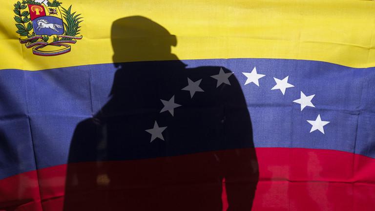 РТ: Санкције Венецуели служе као упозорење спољним играчима попут Русије - Болтон