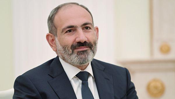 Пашињан: Зеленски треба да гради однос с Путином