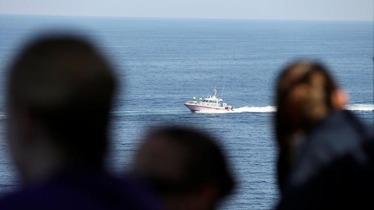 РТ: Ако САД желе да уђу у Ормуски мореуз морају разговарати с Револуционарном гардом Ирана - Техеран