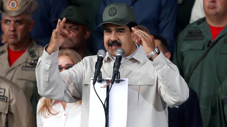 РТ: Сви војни команданти Венецуеле лојални Влади - Мадуро