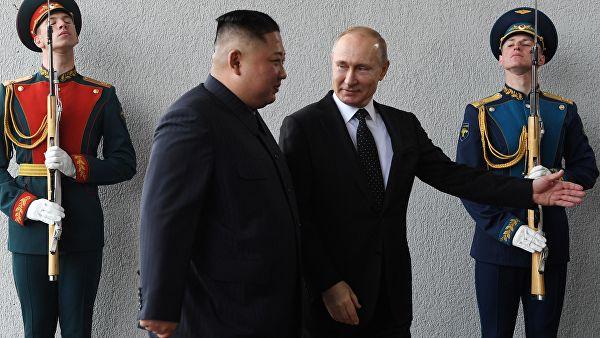 Помпео: Ким Џонг Ун лансирао ракете после разговора са Путином