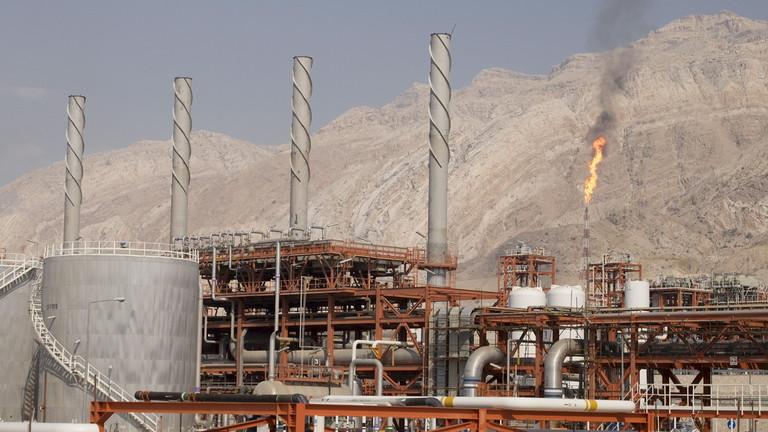 РТ: Иран ће престати са продавањем вишка уранијума и обогаћиваће га на виши ниво ако Европа не буде деловала