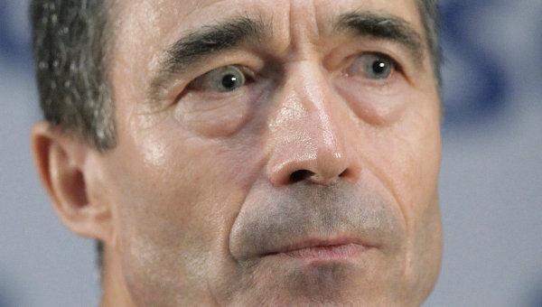 Порошенко сменио бившег генералног секретара НАТО-а с места саветника