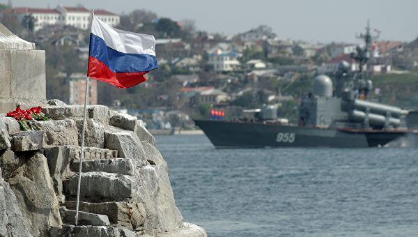 НАТО позвао Русију да се повуче са Крима