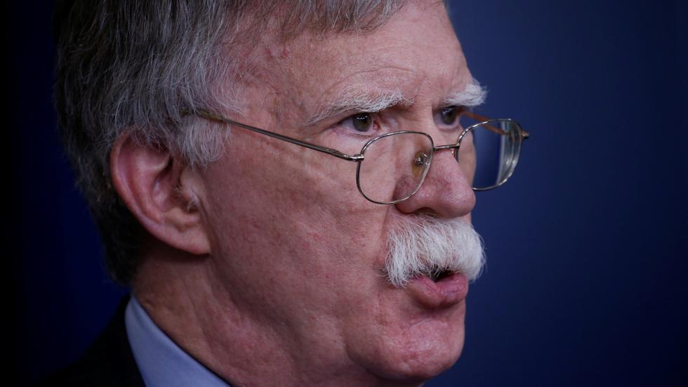 "РТ: Америчка војска ""спремна за покрет"": Болтон упозорава Иран да не тумачи ""опрезност као слабост"""