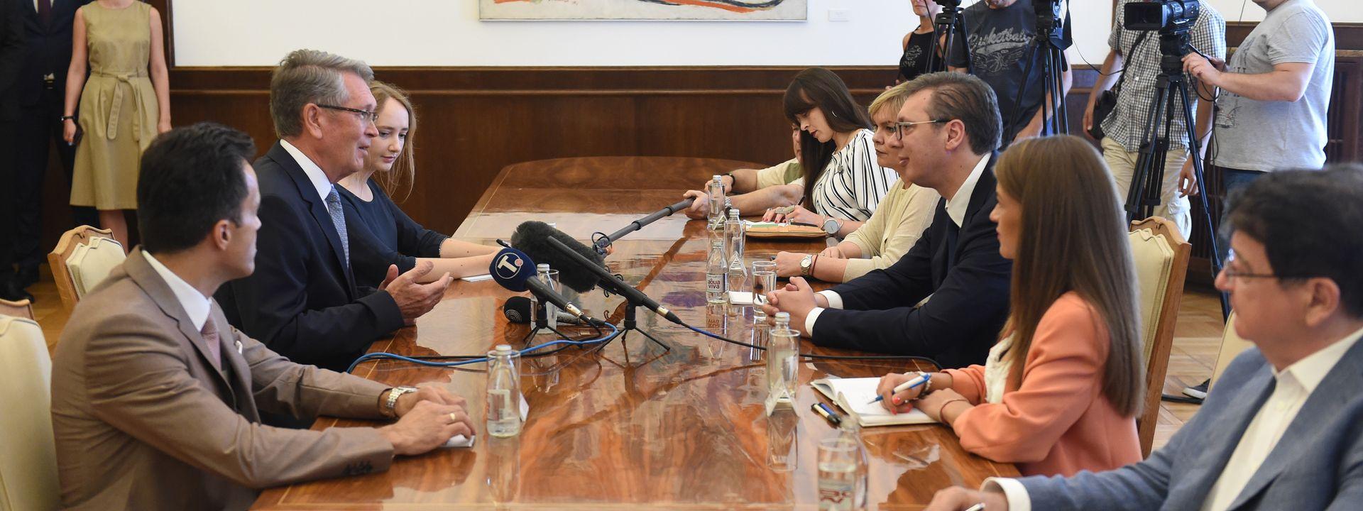 Вучић Чепурину: Када год нам је била потребна помоћ у међународним организацијама, ви сте те били ту