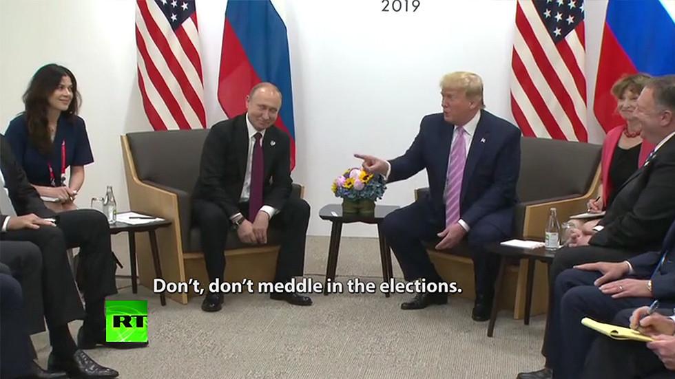 """РТ: Трамп """"наредио"""" Путину да се не меша у америчке изборе"""