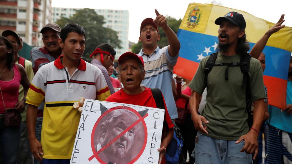 """РТ: """"Промена режима захтева време"""": Трамп о застоју државног удара у Венецуели"""