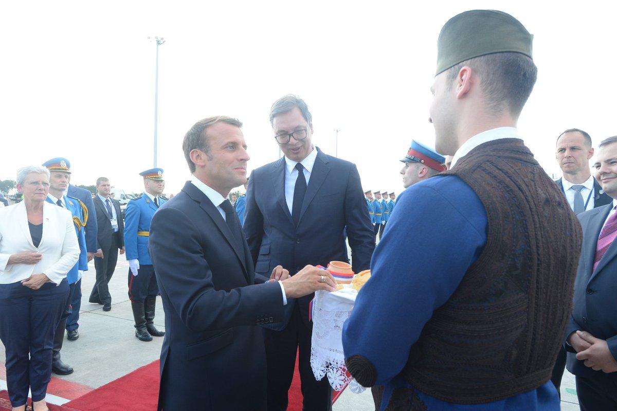 Макрон у Београду: Србија и Косово су европске државе