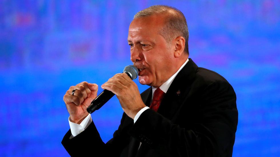 РТ: Ердоган поздравља руску испоруку С-400, те жели заједничку производњу са Русијом