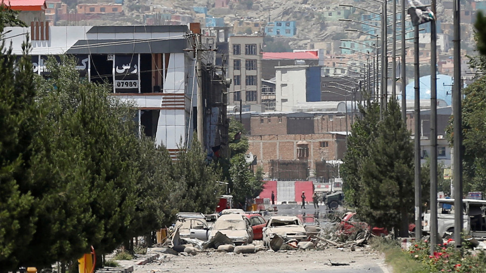 """РТ: """"Не желим да убијем 10 милиона људи"""": Трамп каже да би могао добити рат у Авганистану за 10 дана"""