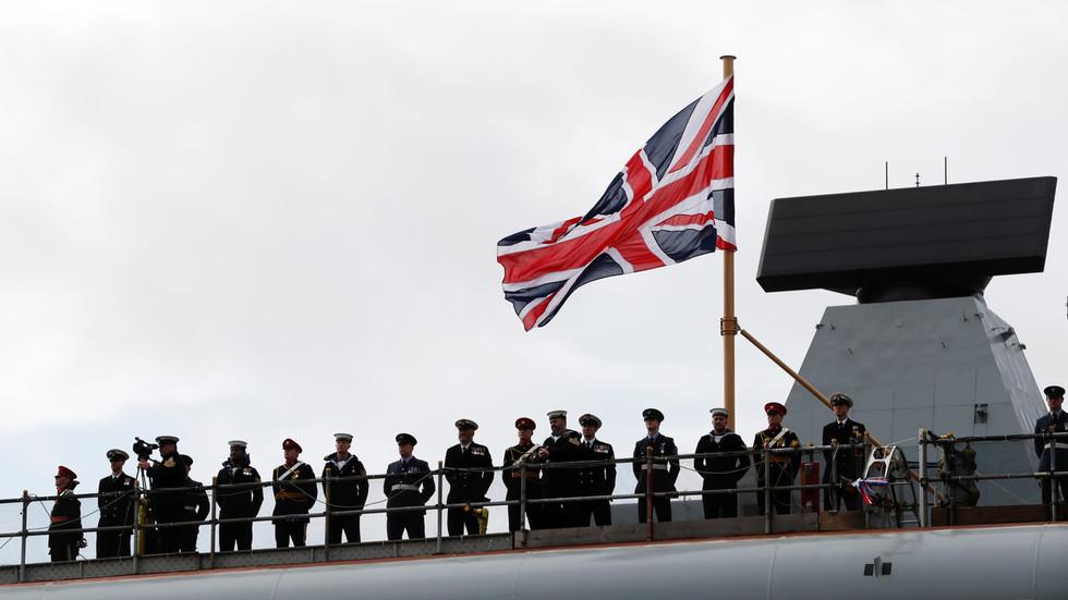 РТ: Распоређивање заједничке флоте ЕУ у Персијски залив шаље непријатељску поруку - Зриф