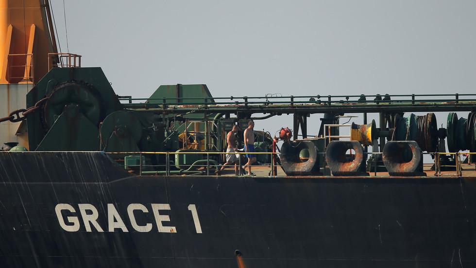 РТ: САД ускраћују визе посади иранског танкера након што је отпловио из Гибралтара