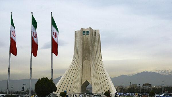 Техеран: Неприхватљиво да се о нуклеарном споразуму поново преговара
