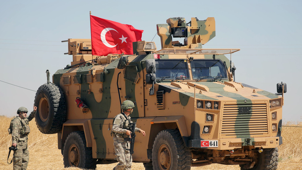 """""""Хеј ЕУ, пробуди се"""": Ердоган запретио да ће послати милионе избеглица у Европу ако ЕУ означи турску операцију у Сирији као инвазију"""