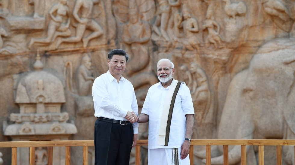 """РТ: Моди најавио """"почетак нове ере"""" у односима Индије и Кине у """"срдчаном"""" разговору са Ђинпингом"""