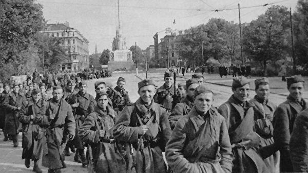 Летонија: Улазак у Црвене армије значио наставак окупације