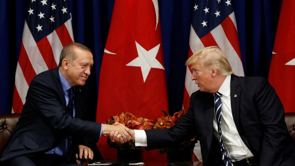 """РТ: """"Немој бити будала!"""": Трамп у писму Ердогану запретио да ће уништити економију земље због инвазије на Сирију"""