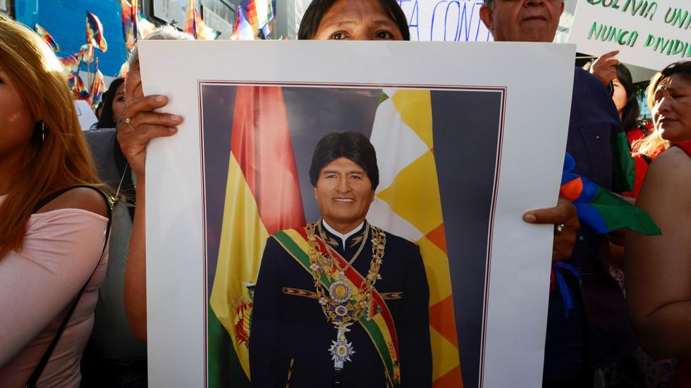 РТ: Боливијска криза: Моралес обећао нове изборе јер је ОАД довела у питање резултате претходних