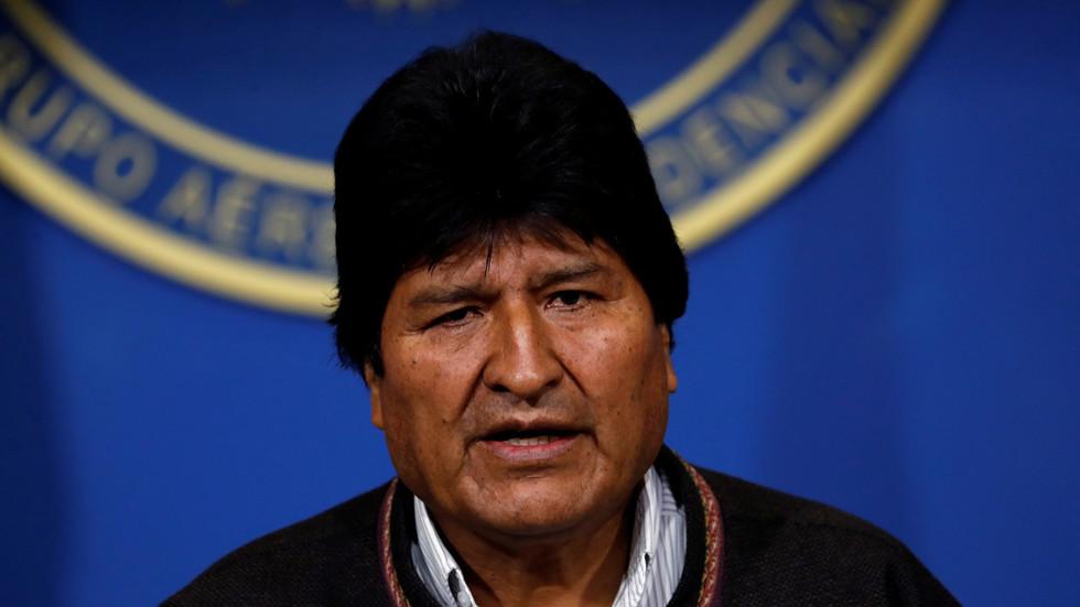 RT: Predsednik Bolivije podneo ostavku
