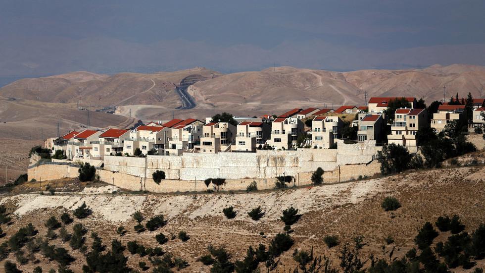 РТ: САД израелска насеља на Западној обали сматрају у складу с међународним правом - Помпео