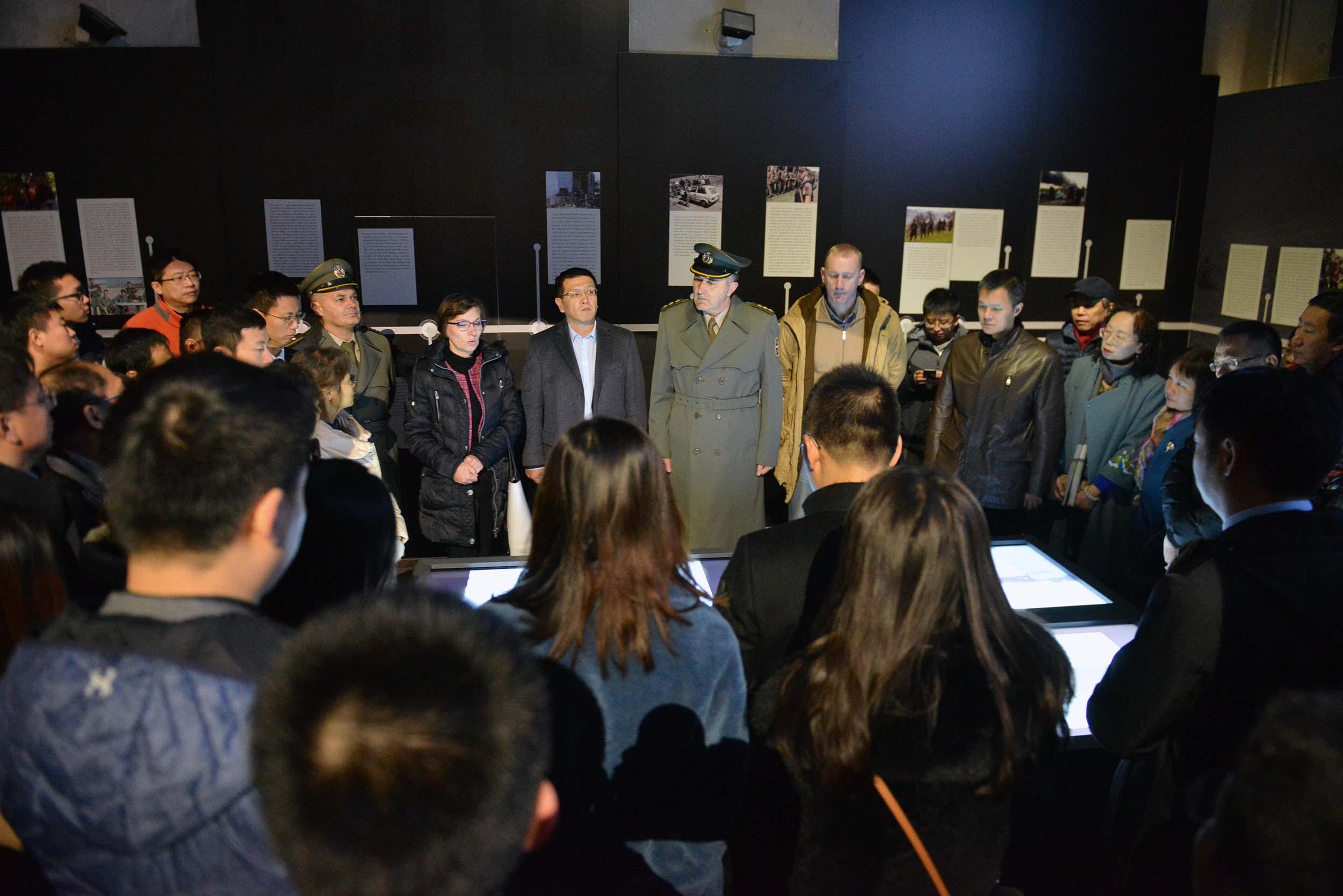 """Кинеска делегација обишла изложбу """"Одбрана 78"""""""