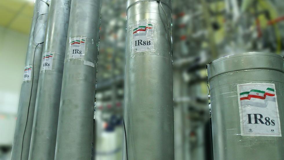 РТ: Панични режим рада? Иран би могао имати нуклеарно оружје за годину или две, упозорава Париз