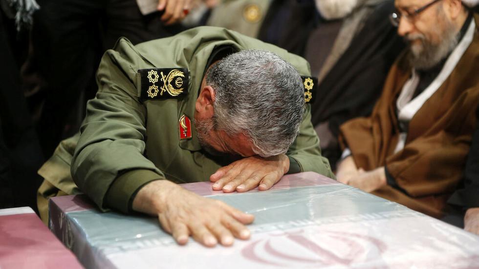 """РТ: """"Циљани и државни тероризам"""": Иран осудио САД због претњи Сулејманијевом наследнику"""