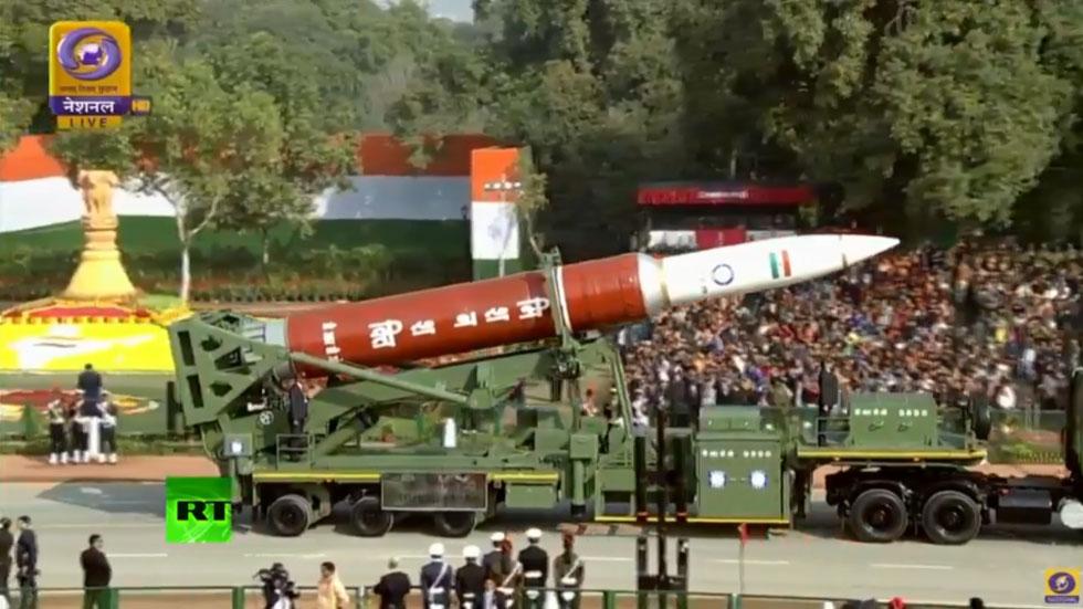 RT: Indija proslavlja Dan republike prikazom velike vojne moći i kulturne raznolikosti