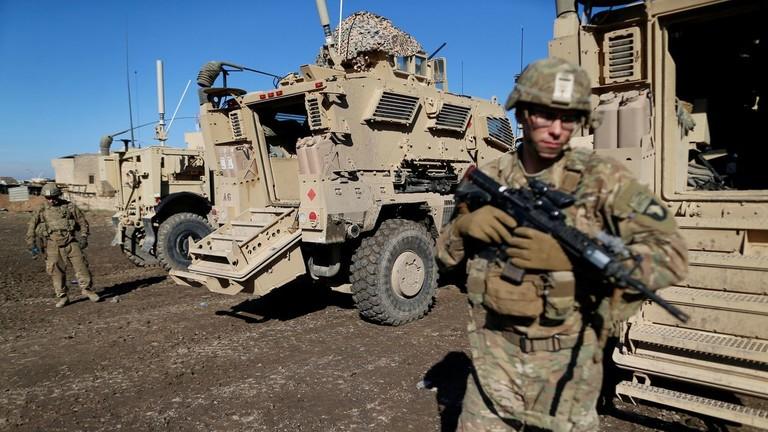 """РТ: Трамп овластио Пентагон """"да радимо оно што треба радимо"""" након смртоносног напада на америчке и британске снаге у Ираку"""