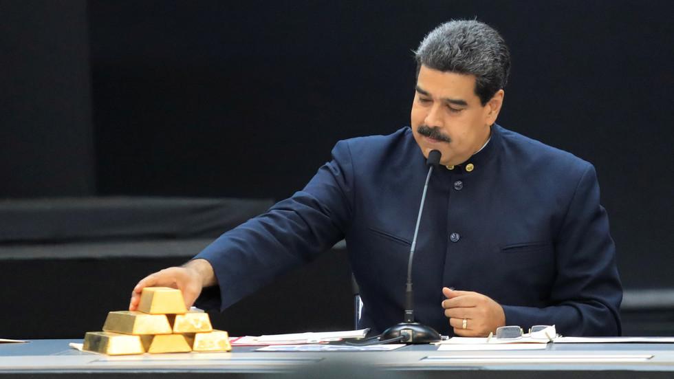 """РТ: """"Покушај опструкције"""": Иран одбацио тврдњу САД-а да складишти венецуеланско злато за плаћање економске помоћи"""