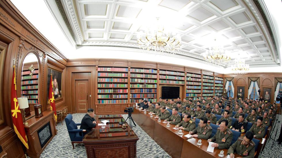 """РТ: Северна Кореја """"обуставља планове војнe акцијe"""" против Сеула"""