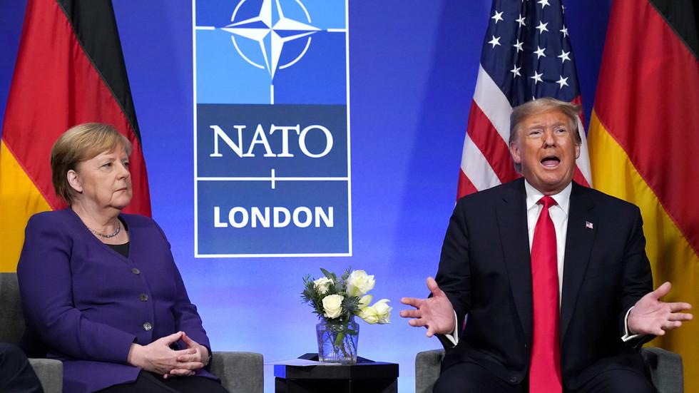 РТ: Европа би се требала борити за стварност у којој САД више нису светска сила - Меркел