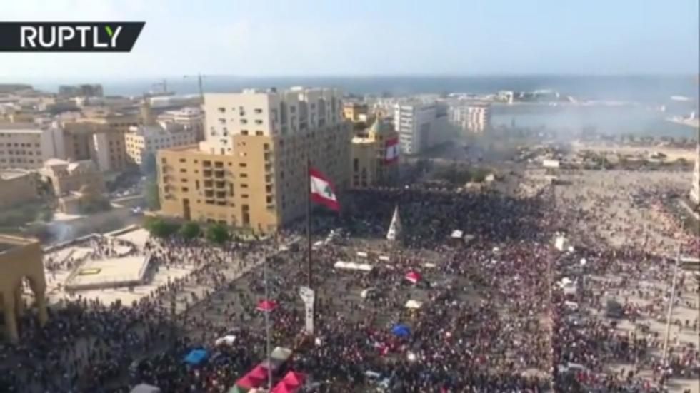 Либанска влада поднела оставку