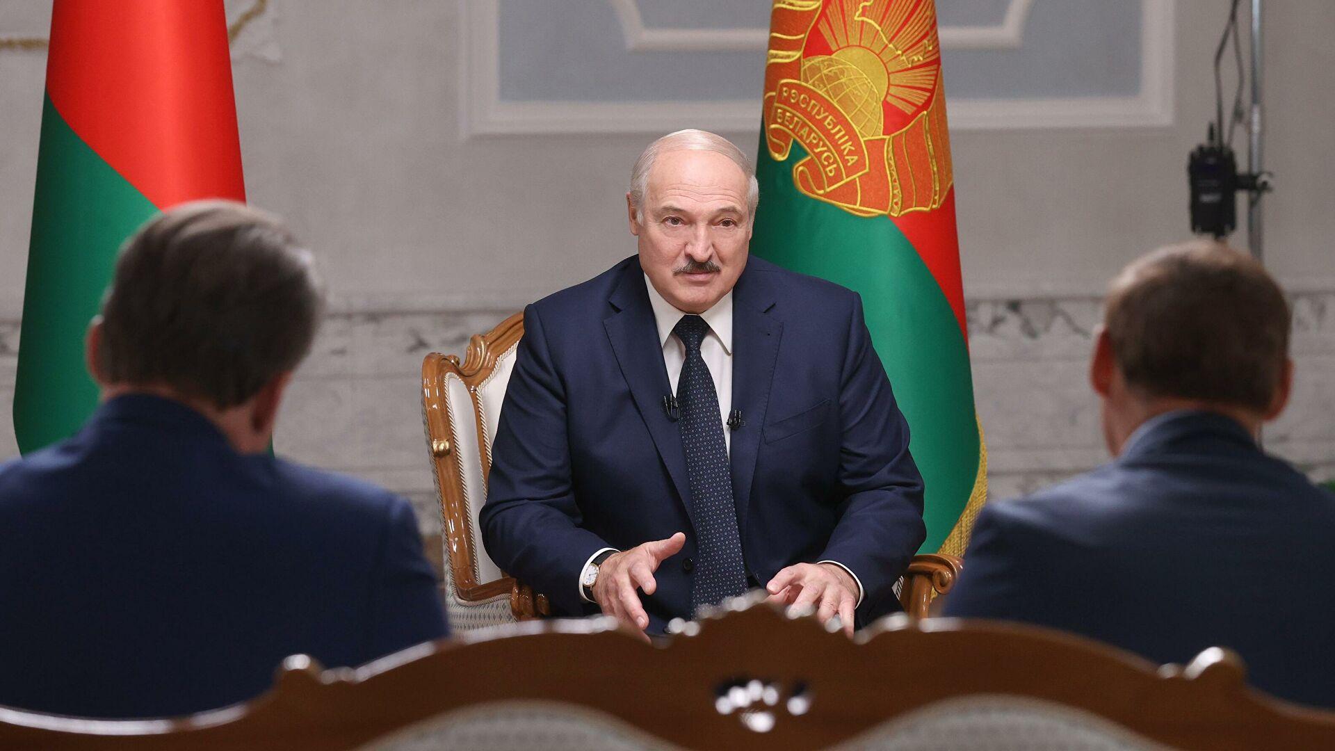 Лукашенко: Протестима се управља из Пољске, Чешке, Украјине и Литваније