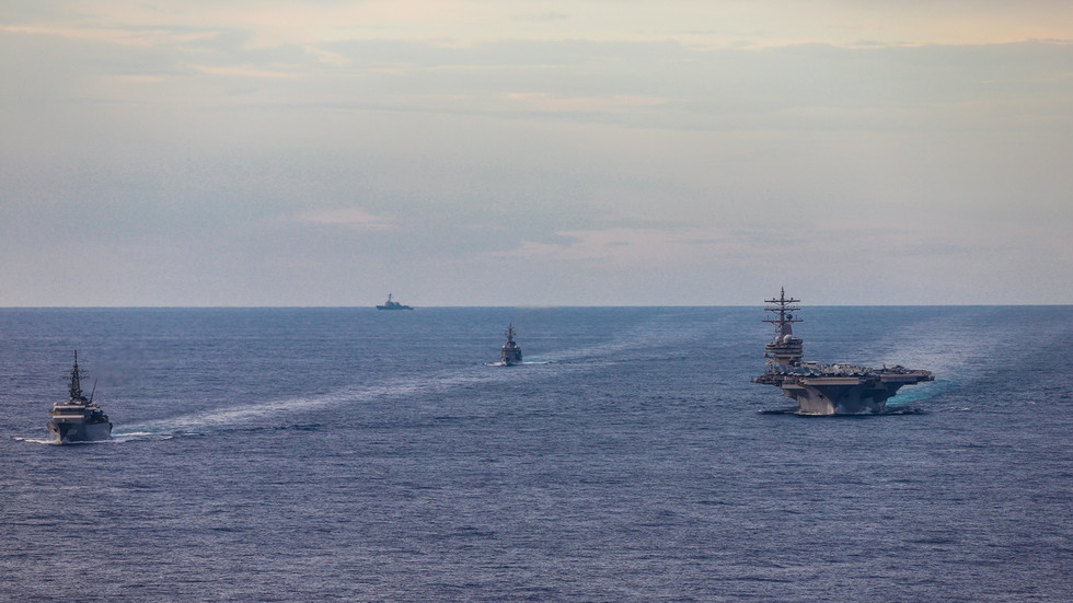 РТ: САД главни покретач милитаризације Јужнокинеског мора - Пекинг