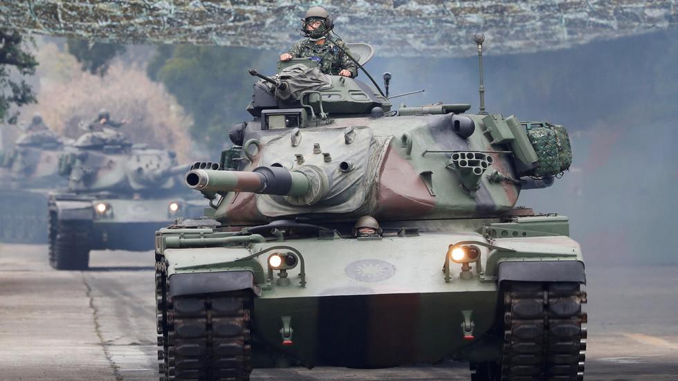"""РТ: Тајванска војска има """"право на контранапад"""", упозорава војска након великих кинеских вежби"""