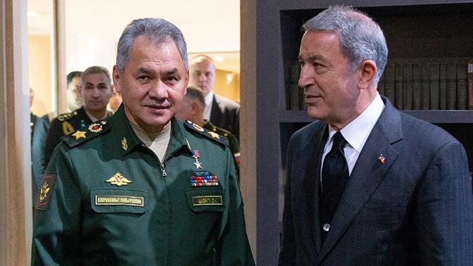Шојгу и Акар разговарали о ситуацији у Нагорно-Карабаху