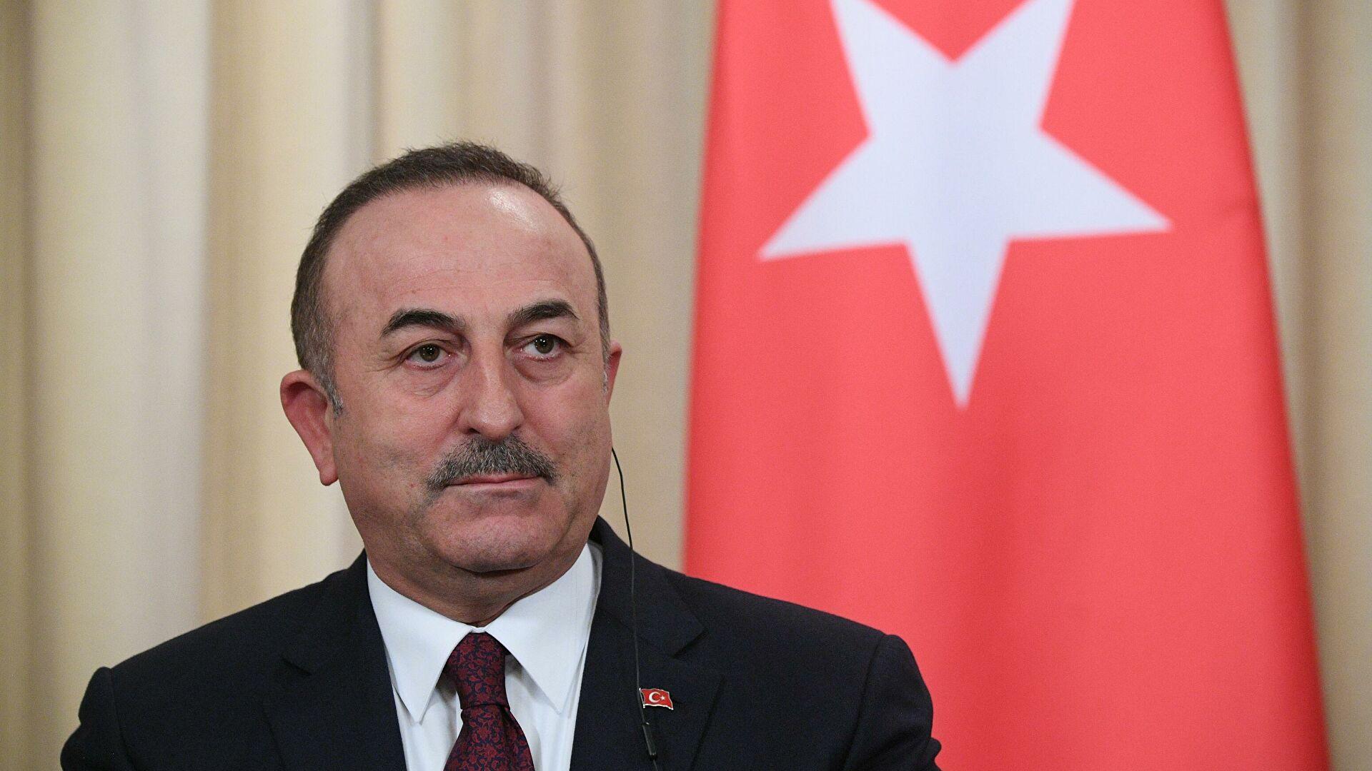 Чавушоглу: Заједно са позивима на прекид ватре, потребно је захтевати од Јерменије да повуче своје трупе из окупираних земаља Азербејџана