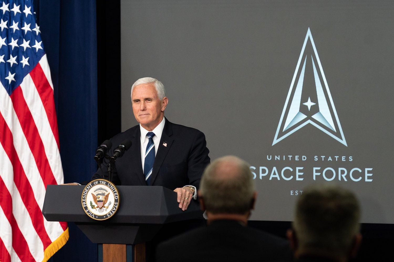 Pens: Rusija i Kina predstavljaju sve veću pretnju u kosmosu za SAD