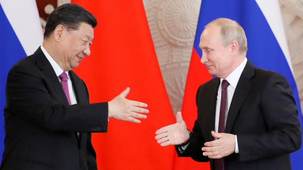 """РТ: Односи између Русије и Кине на """"историјском врхунцу"""", каже кинески министар спољних послова"""