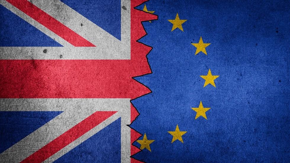 RT: Velika Britanija rizikuje da pokrene diplomatski spor nakon što je odbila da zvaničnicima EU dodeli puni diplomatski status