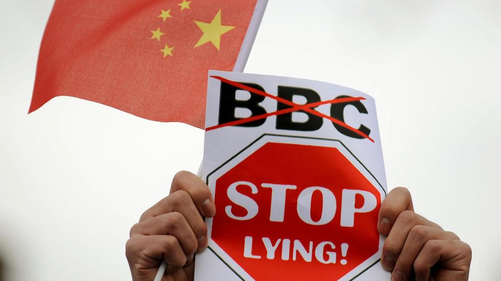 РТ: Кина забранила еммитовање Би-Би-Сија, док како се лондонско-пекиншки медијски рат захуктава